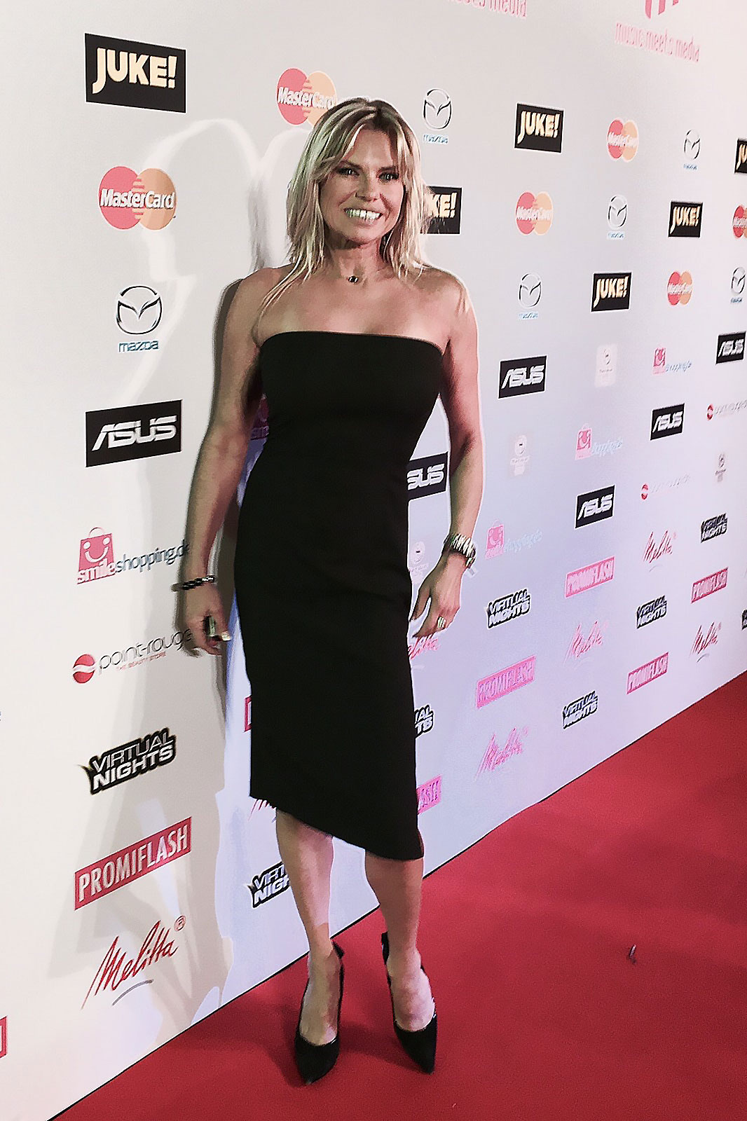 Elke Jeinsen - Red Carpet